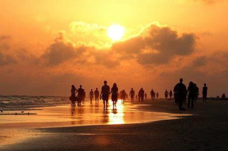 2306-people-beach-sunset