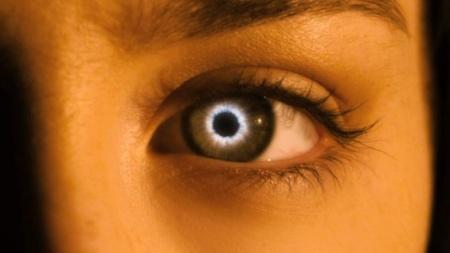 the_host_eye_film_still_a_l