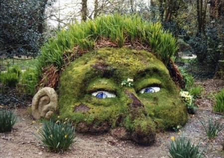 29773-Creative-Garden-Art